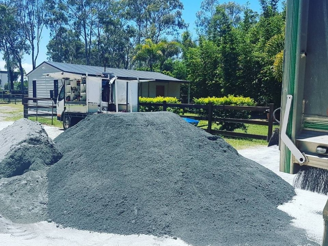 Crusher and Cracker Dust supplies we deliver 6 days a week Call today