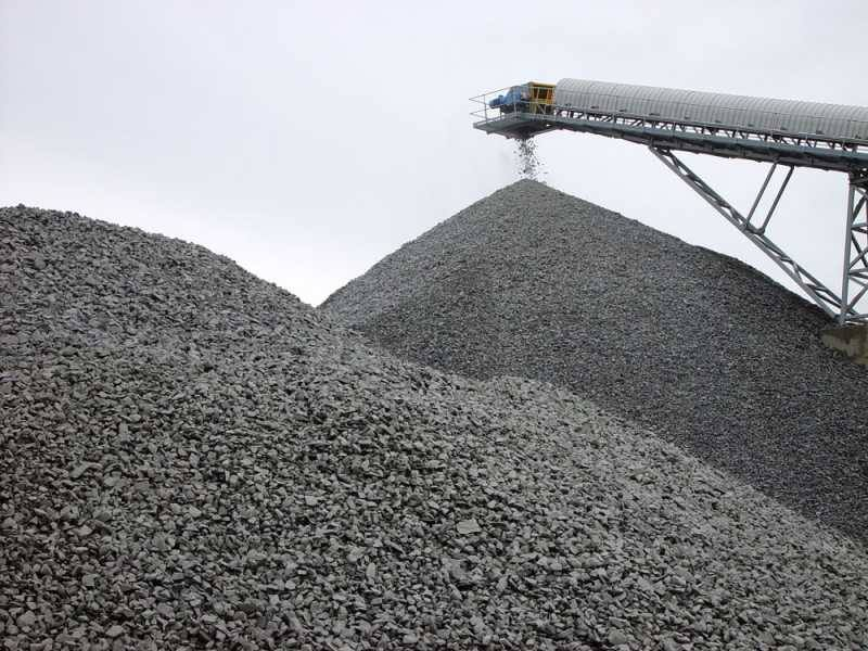 Drainage Gravel available for same day delivery, Call gold Coast Gravel and Soil Supplies